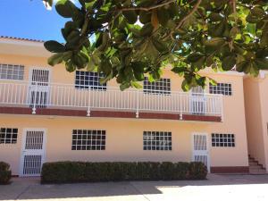 Apartamento En Venta En Higuerote, Monte Lindo, Venezuela, VE RAH: 16-2670