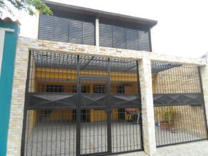 Casa En Venta En Valencia, Flor Amarillo, Venezuela, VE RAH: 16-2811