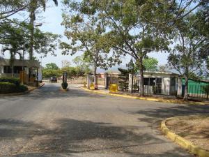 Terreno En Venta En Valencia, Guataparo, Venezuela, VE RAH: 16-2736