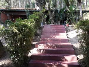 Casa En Venta En Caracas, La Lagunita Country Club, Venezuela, VE RAH: 16-2743
