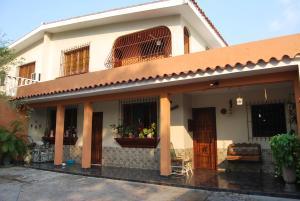 Casa En Venta En Valencia, Los Caobos, Venezuela, VE RAH: 16-2755