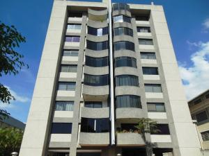 Apartamento En Venta En Caracas, Los Chorros, Venezuela, VE RAH: 16-4266