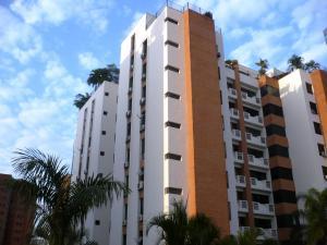 Apartamento En Venta En Valencia, Los Mangos, Venezuela, VE RAH: 16-2804