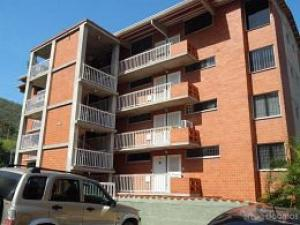 Apartamento En Venta En Puerto La Cruz, El Rincon, Venezuela, VE RAH: 16-2813