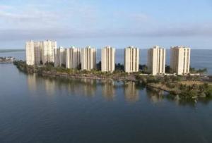 Apartamento En Venta En Maracaibo, Lago Mar Beach, Venezuela, VE RAH: 16-1220