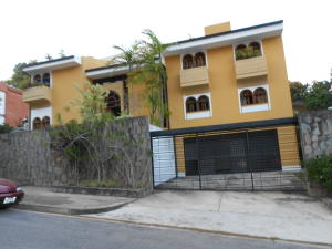 Casa En Venta En Caracas, Los Naranjos Del Cafetal, Venezuela, VE RAH: 16-2896