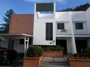 Casa En Venta En Valencia, Altos De Guataparo, Venezuela, VE RAH: 15-15689