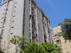 Apartamento En Venta En Caracas, Terrazas Del Club Hipico, Venezuela, VE RAH: 16-3260