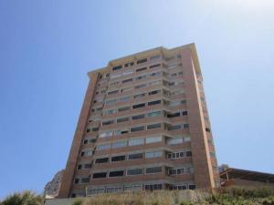 Apartamento En Venta En Caracas, Miravila, Venezuela, VE RAH: 16-2960