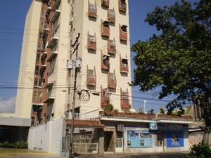 Apartamento En Venta En Maracay, La Barraca, Venezuela, VE RAH: 16-3029