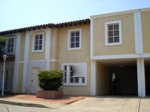Townhouse En Venta En Maracaibo, Fuerzas Armadas, Venezuela, VE RAH: 16-3079
