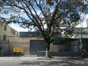 Galpon - Deposito En Venta En Caracas, La Urbina, Venezuela, VE RAH: 16-3115
