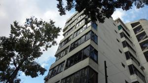 Apartamento En Venta En Caracas, Santa Monica, Venezuela, VE RAH: 16-3171