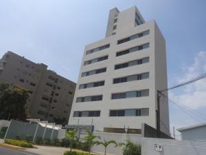 Apartamento En Venta En Maracaibo, Avenida Universidad, Venezuela, VE RAH: 16-3192