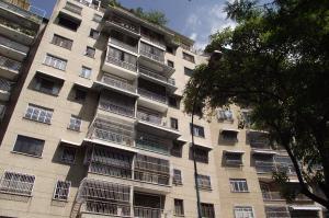 Apartamento En Venta En Caracas, Bello Campo, Venezuela, VE RAH: 16-3194