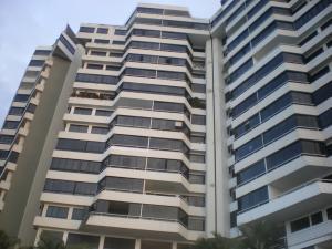 Apartamento En Venta En Parroquia Caraballeda, La Llanada, Venezuela, VE RAH: 16-3227