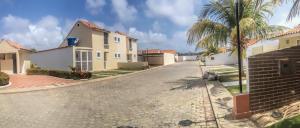 Casa En Venta En Tucacas, Tucacas, Venezuela, VE RAH: 16-3340