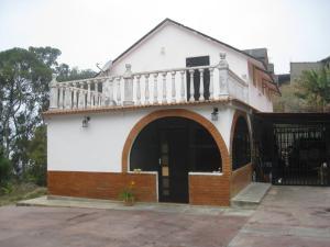 Casa En Venta En El Junquito-Vargas, El Tibron, Venezuela, VE RAH: 16-3264