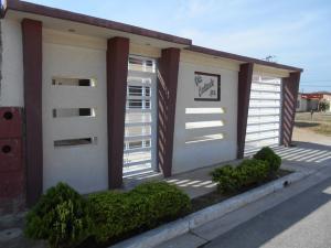 Casa En Venta En Cagua, El Bosque, Venezuela, VE RAH: 16-3289