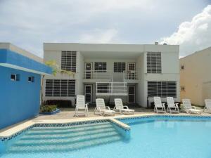 Apartamento En Venta En Chichiriviche, Flamingo, Venezuela, VE RAH: 16-3375