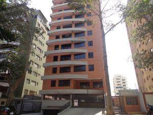 Apartamento En Venta En Valencia, Terrazas De Los Nisperos, Venezuela, VE RAH: 16-3387