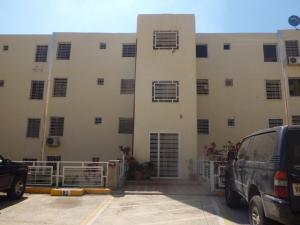 Apartamento En Venta En Charallave, Cima Real, Venezuela, VE RAH: 16-3424