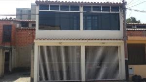 Casa En Venta En Valencia, Los Caobos, Venezuela, VE RAH: 16-3465