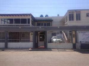 Local Comercial En Venta En Punto Fijo, Santa Fe, Venezuela, VE RAH: 16-3474