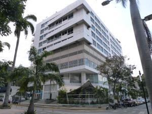 Local Comercial En Venta En Caracas, Las Mercedes, Venezuela, VE RAH: 16-3536
