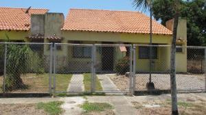 Townhouse En Venta En Rio Chico, Los Canales De Rio Chico, Venezuela, VE RAH: 16-3544