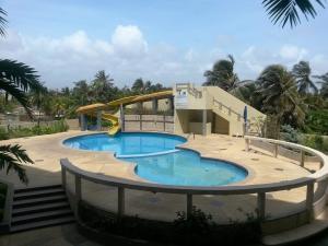 Apartamento En Venta En Tucacas, Santa Rosa, Venezuela, VE RAH: 16-3548