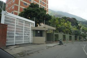 Apartamento En Venta En Caracas, La Castellana, Venezuela, VE RAH: 16-3598