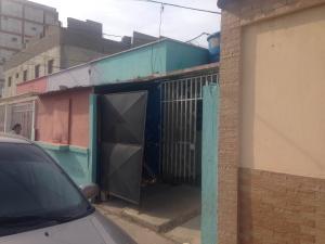 Local Comercial En Venta En Punto Fijo, Centro, Venezuela, VE RAH: 16-3670