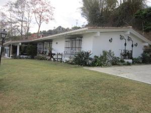 Casa En Ventaen Caracas, Alto Hatillo, Venezuela, VE RAH: 16-3742