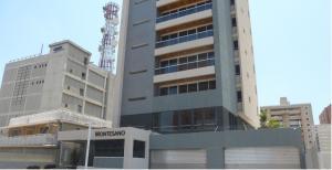 Apartamento En Venta En Maracaibo, La Lago, Venezuela, VE RAH: 16-3763
