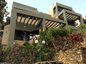 Casa En Venta En Valencia, Lomas Del Este, Venezuela, VE RAH: 16-3781