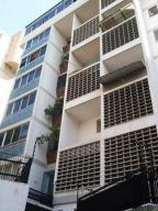 Apartamento En Venta En Caracas, Los Caobos, Venezuela, VE RAH: 16-3881