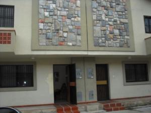 Townhouse En Venta En Municipio Naguanagua, Tazajal, Venezuela, VE RAH: 16-3836