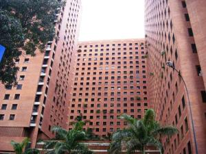 Apartamento En Venta En Caracas, Sabana Grande, Venezuela, VE RAH: 16-3868