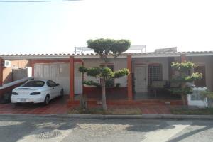 Casa En Venta En Guacara, Ciudad Alianza, Venezuela, VE RAH: 16-3902