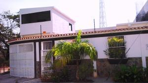 Casa En Venta En San Joaquin, San Bernardo, Venezuela, VE RAH: 16-4024