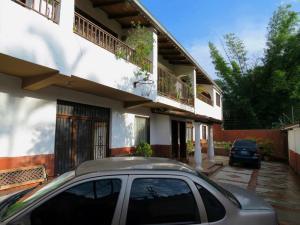 Casa En Venta En Caracas, Gavilan, Venezuela, VE RAH: 16-3972