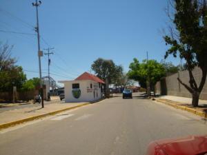 Casa En Venta En San Joaquin, Villas Del Centro, Venezuela, VE RAH: 16-4019