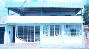 Casa En Venta En Municipio Diego Ibarra, Mariara, Venezuela, VE RAH: 16-4038
