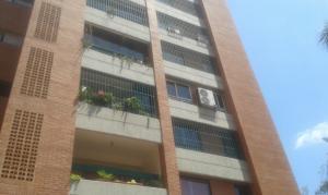 Apartamento En Venta En Caracas, Prados Del Este, Venezuela, VE RAH: 16-4080