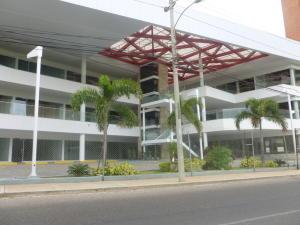 Local Comercial En Venta En Maracaibo, Colonia Bella Vista, Venezuela, VE RAH: 16-4087