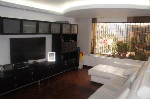 Apartamento En Venta En Caracas, Santa Fe Norte, Venezuela, VE RAH: 16-4103