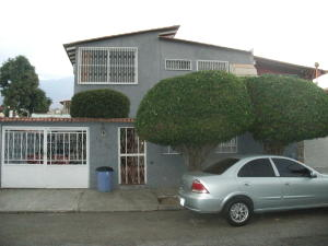 Casa En Venta En Caracas, Santa Cecilia, Venezuela, VE RAH: 16-4146
