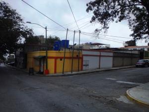 Local Comercial En Ventaen Parroquia Caraballeda, Palmar Este, Venezuela, VE RAH: 16-4121