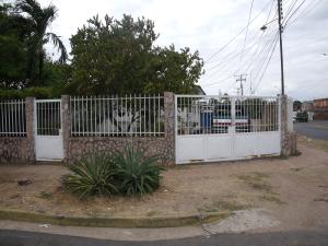 Casa En Venta En Ciudad Bolivar, La Sabanita, Venezuela, VE RAH: 16-4285